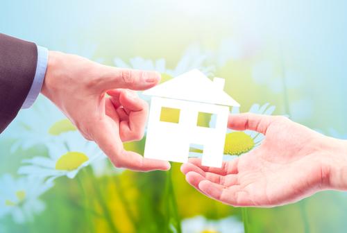 Darování nemovitosti – jak na to?