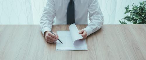 Jaké jsou možnosti při úředním ověřování podpisů, když uzavíráte kupní smlouvu na nemovitost?