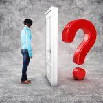 Koupě nemovitosti, když je vlastník vexekuci – jaká jsou rizika a na co si dát pozor?